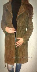 Модное пальто бутылочного цвета