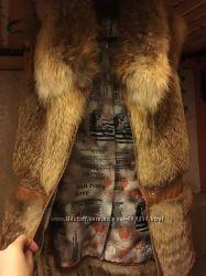 Шикарная шубка-жилетка из цельных шкурок лисы огневки