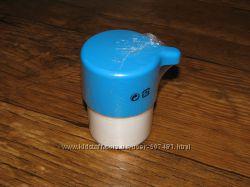 Дозатор для жидкого мыла, белый с синим, пластик ИКЕА. Наличие Луганск