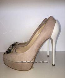 Туфли бежевые замшевые Elisabetta Franchi by Celine b