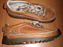 кожаные  туфли  ф.  Art   размер  39  -  25  см