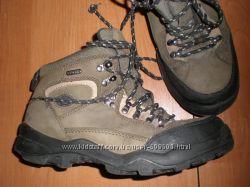 кожаные  ботинки  ф. Adventure  размер  39 EU -  27 см