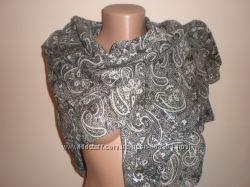 красивый  платок   размером  100х100
