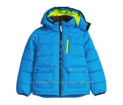 Зимняя спортивная куртка для подростка H&M. Размер 134
