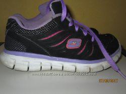 skechers кроссовки , на ногу 19-19. 5см.