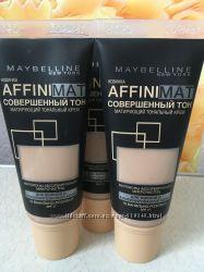 Тональный крем с матирующим эффектом Maybelline Affinimat