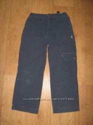 Продам на мальчика котоновые брюки REIMA р. 122