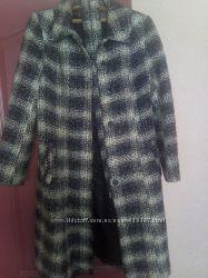 Демисезонное пальто р 52