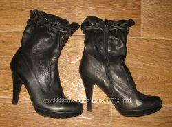 Кожаные демисезонные ботинки р. 37