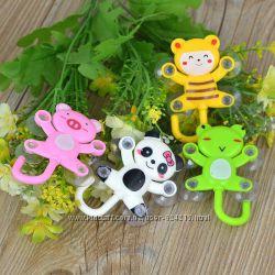 Крючочки для детских полотеничек на присосках