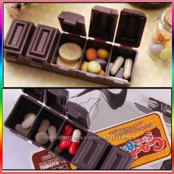 Оригинальная таблетница в виде шоколадки