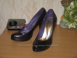 Туфли лаковые р. 40