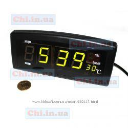 Часы СХ-818 с питанием от розетки 220 вольт