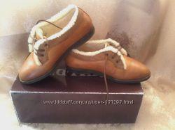 Крутые демисезонные туфли на меху Zecchino d&acuteoro, р. 28