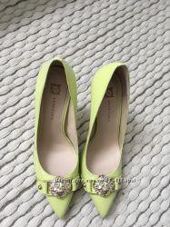 Кожаные туфли Anne Klein