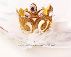 Изящная корона  на   фатине