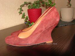 Фирменные классные замшевые туфли 39р.