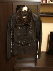Kласная стильная кожанная куртка