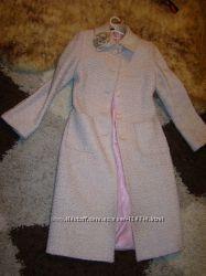 Нежно-розовое пальто