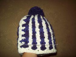 Объемная шапка крупной вязки