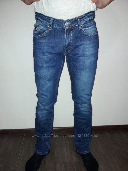 качественные мужские джинсы Gucci   и Philipp Plein в наличии