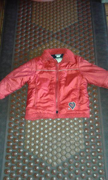Курточка на девочку зима-осень, произв-ль Тополино