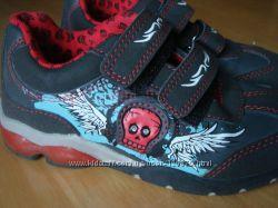 Ботинки с мигалками с Лидла, размер 32 - 20 см
