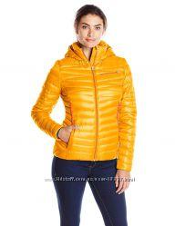 Куртка зимняя женская Spyder Timeless Hoody. Размер L цвета в ассортименте