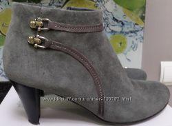 Демисезонные ботинки из нубука- Braska .