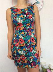 Красивое платье LIPSY р 10