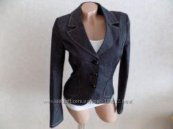 Пиджак на пуговицах серый в мелкую полоску S. Oliver размер 40-42 как новый