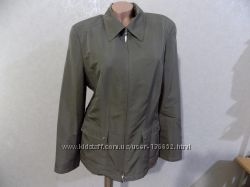 Куртка ветровка бежевая на змейке фирменная Gerry Weber размер 48-50