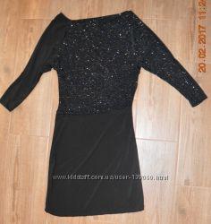Маленьке чорне платтячко. Блискітки, Італія. Розмір S.