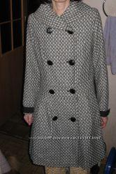 Новое шикарное пальто Neckermann  на худеньких С размер