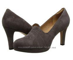 Шикарные туфли Clarks 41-42 размера