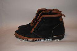 Замшевые ботинки 36 размера