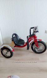 Трехколесный велосипед Schwinn Roadster Trike