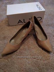 Офисные туфли Aldo. 37, 5 размер