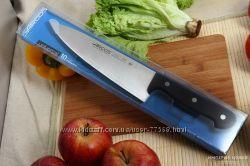 Ножи  Universal  от Arcos. Профессиональные ножи и для шефа и для мамы