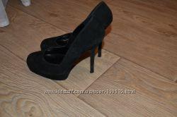 Замшевые туфли Aldo р. 37