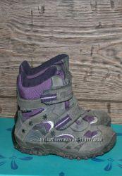 Отличные ботиночки Geox 28 размер оригинал с geox tex непромокаемые.
