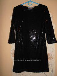 Платье MISS в чёрных пайетках.