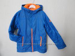 Новая демисезонная куртка ветровка Benetton. на 2года. Оригинал