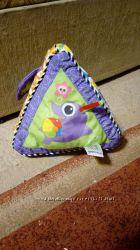 Развивающая игрушка погремушка пирамида Lamaze