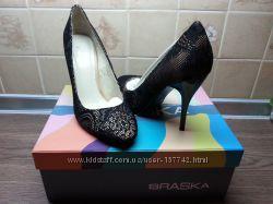 Новые нарядные туфли braska