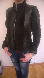 Кожаная куртка с замшевыми ставками