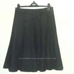 Юбка теплая черная шерсть на подкладке р. 46-48