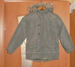 Теплая демисезонная куртка пальто парка на мальчика фирменная Bloozoo на 8