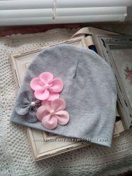 Шапка с цветами из фетра