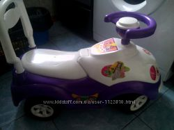 Машинка-толкалка для девочки